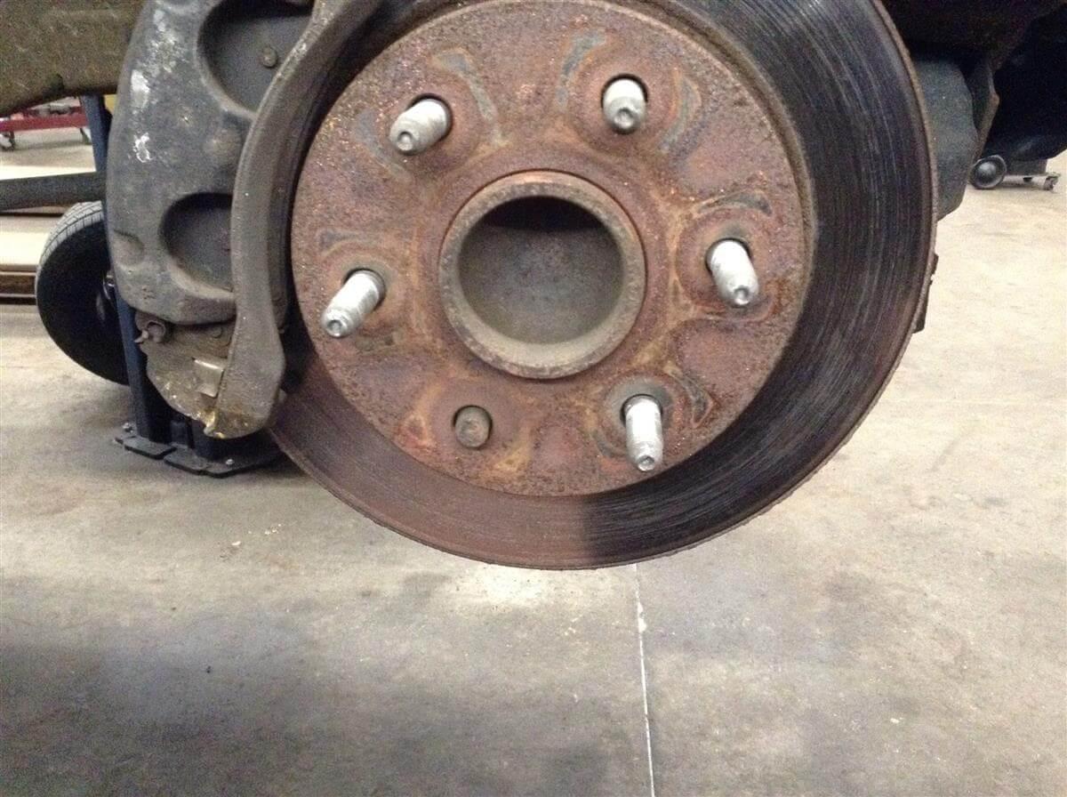 The Dangers of a Broken Wheel Stud