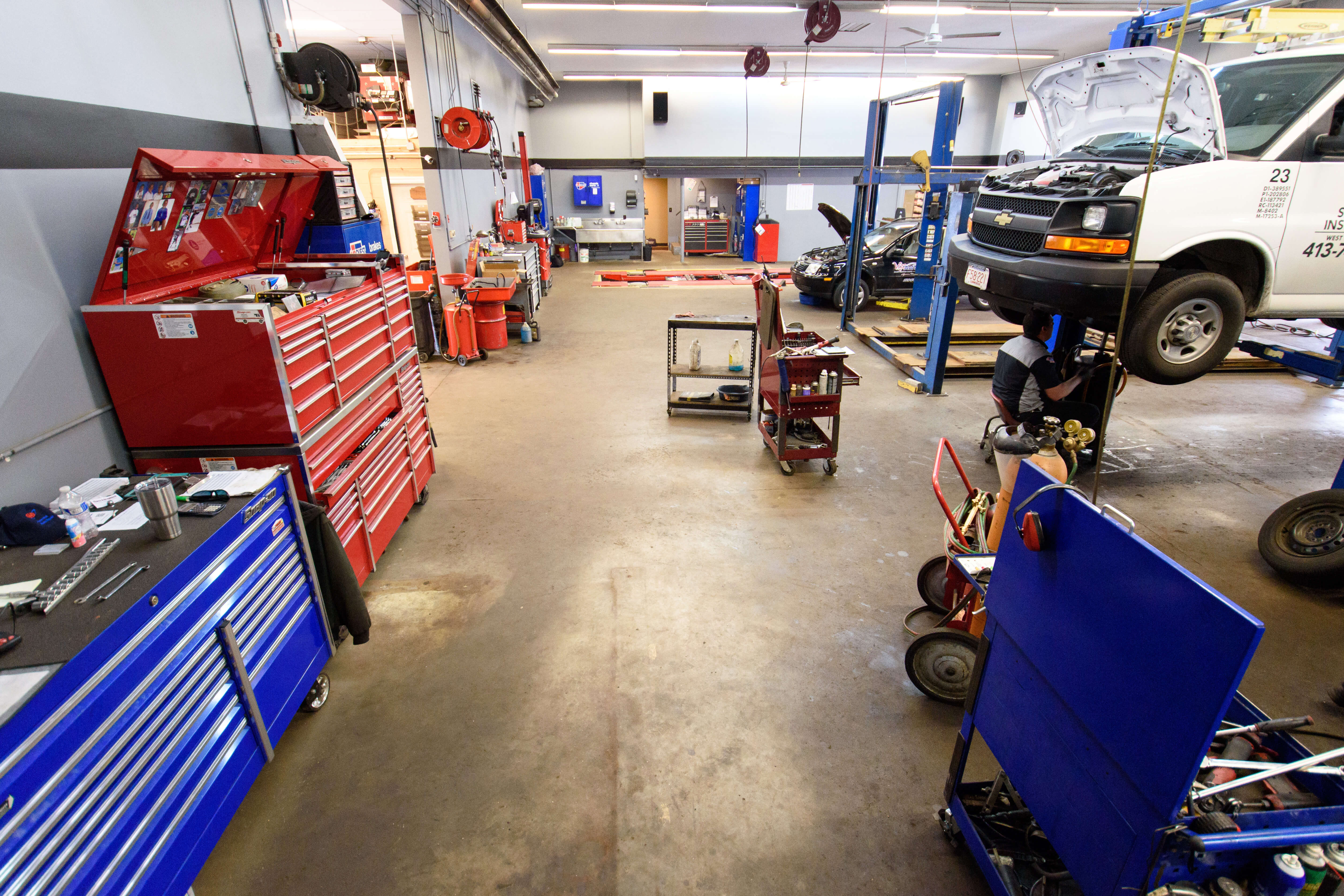 Car Wheel Alignment Abu Dhabi, Lifes Better On Two Wheels V F Auto, Car Wheel Alignment Abu Dhabi